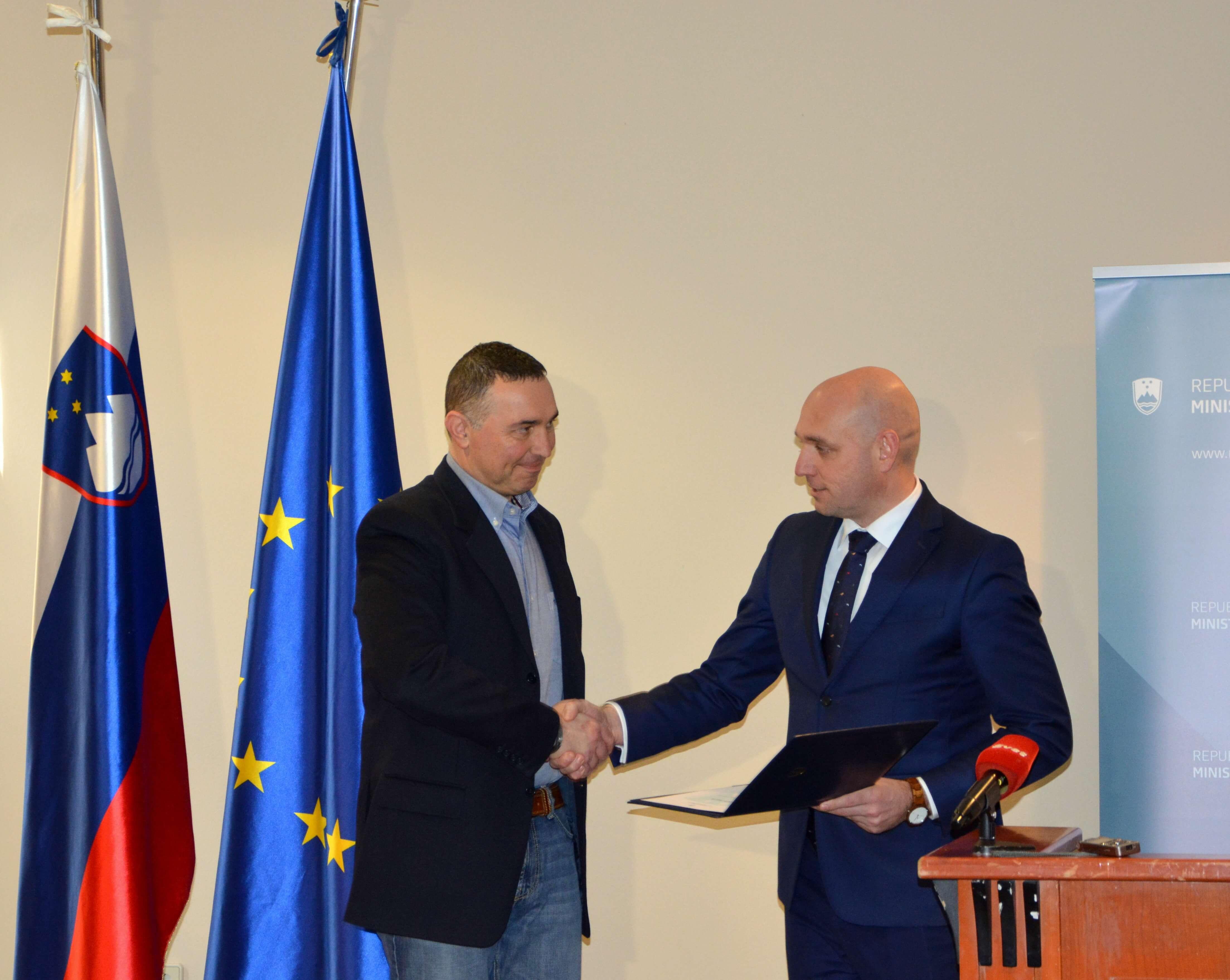 Minister Zajc: Leto 2019 glede nesreč zelo intenzivno