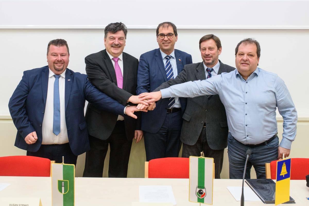 Nova skupna uprava za pet občin iz osrednje Slovenije za več denarja iz državnega proračuna